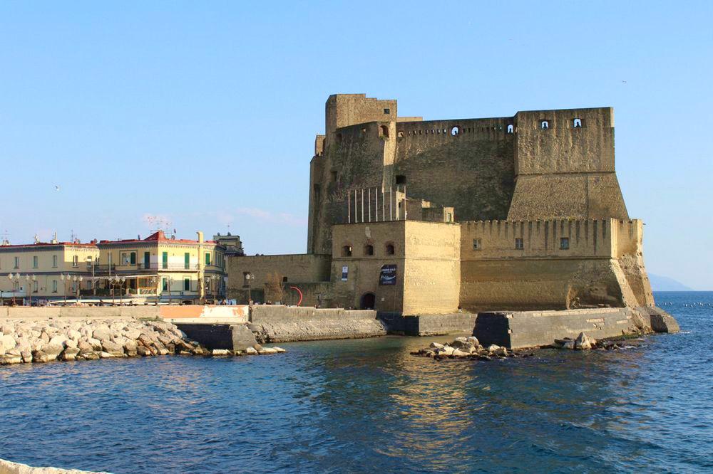 Vista di Castel dell'Ovo